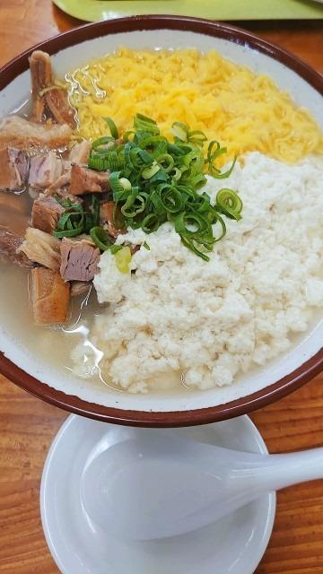 豆腐でできたお米の代用品