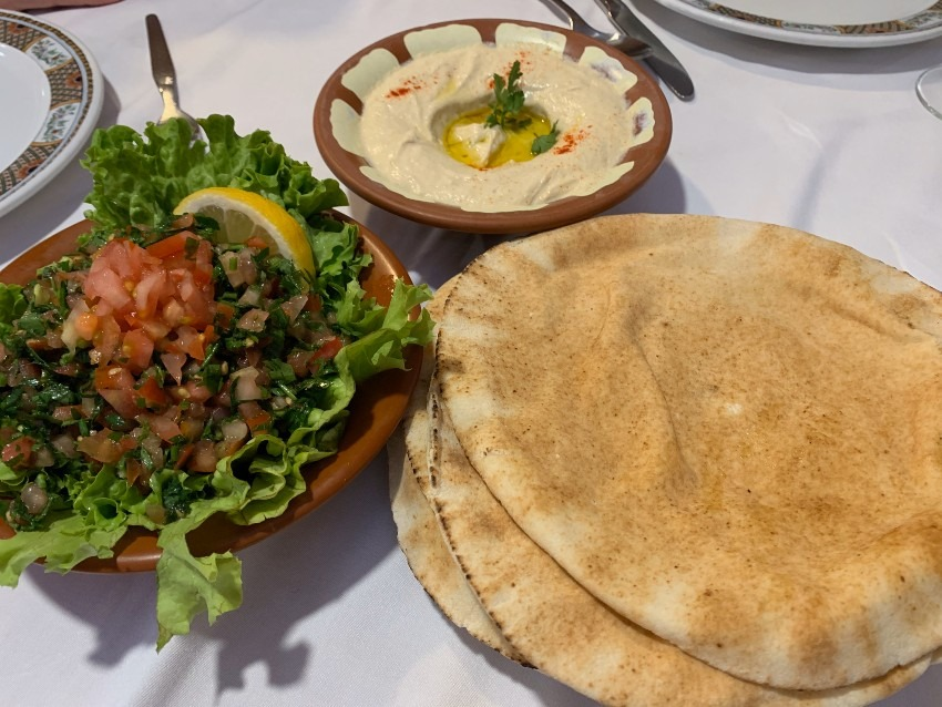 中東で食べたラブネが忘れられません