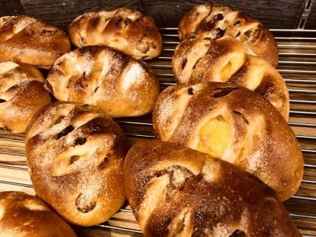 コンビニ様!!焼きたてパンの販売を地方でもお願いします!